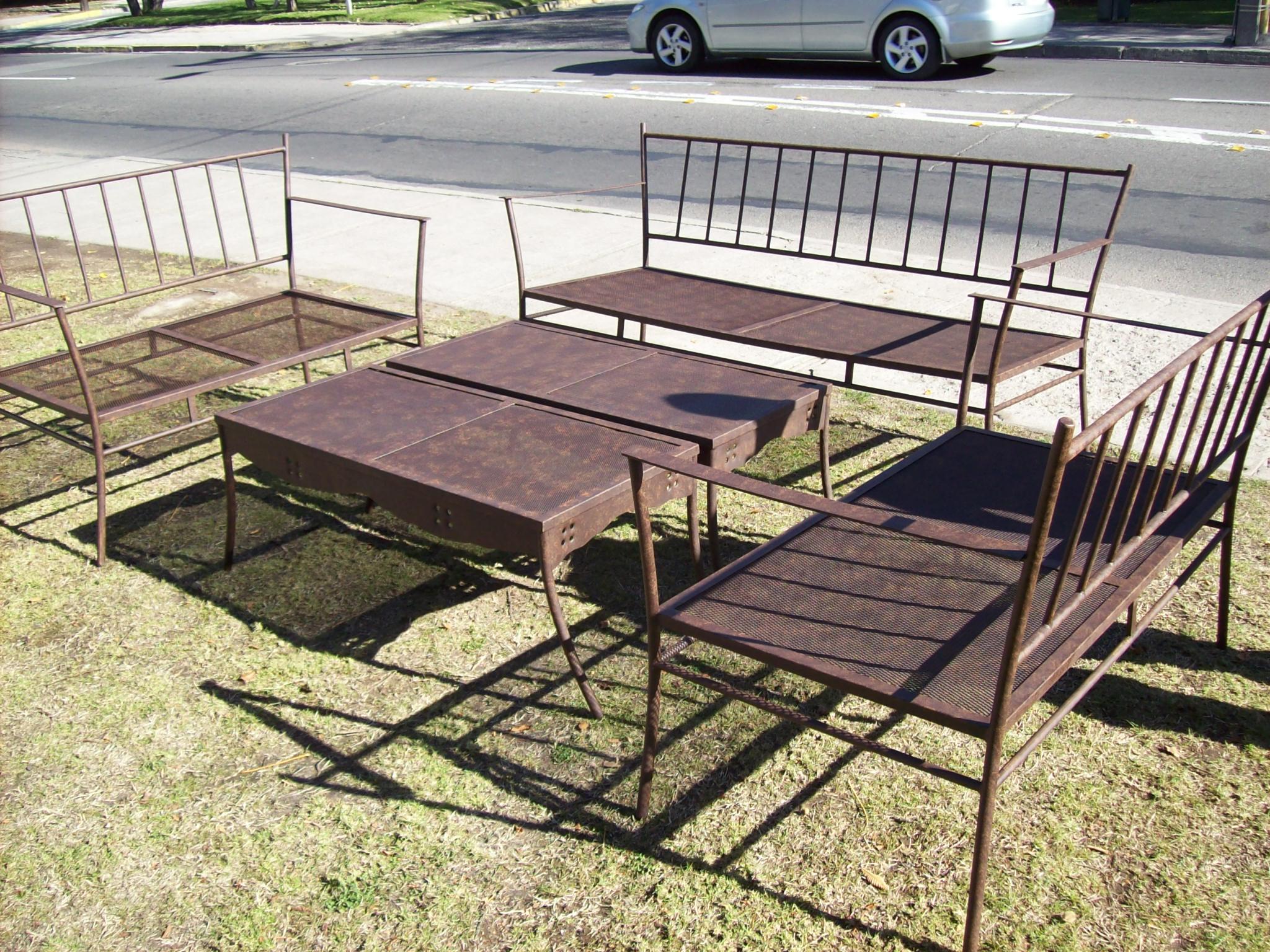Muebles el rincon for Muebles de terraza fierro